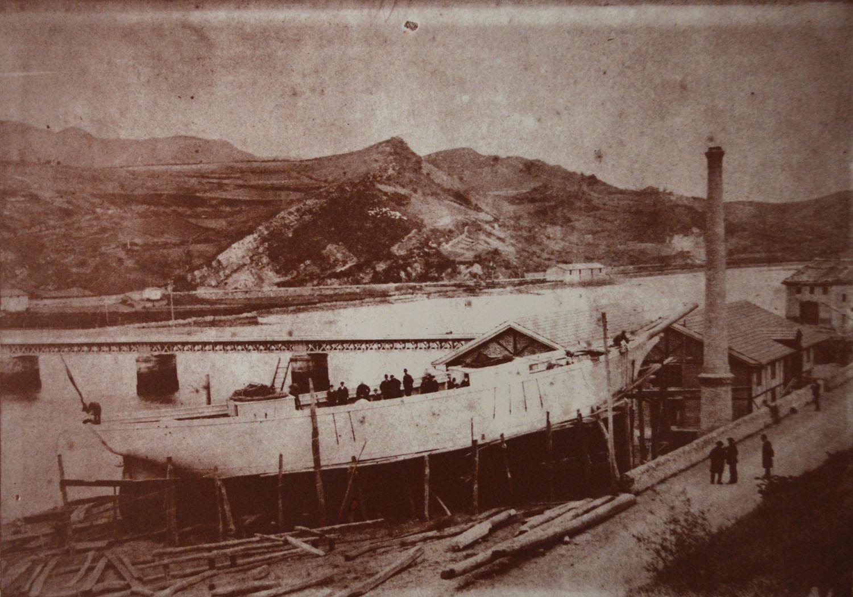 Fábrica de muebles antigua Arin y Embil