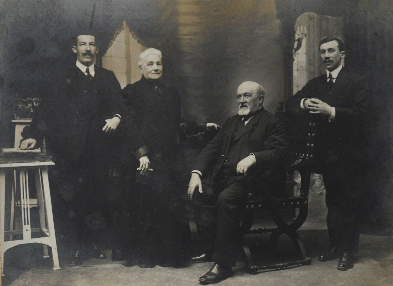 Fundadores Arin y Embil - Tienda de muebles de Gipuzkoa